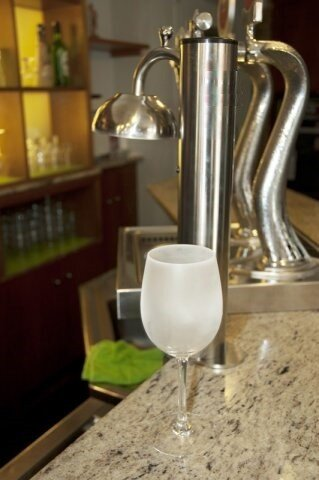 Enfriador escarchador instant neo de copas y vasos frigelu for Copas y vasos para bar